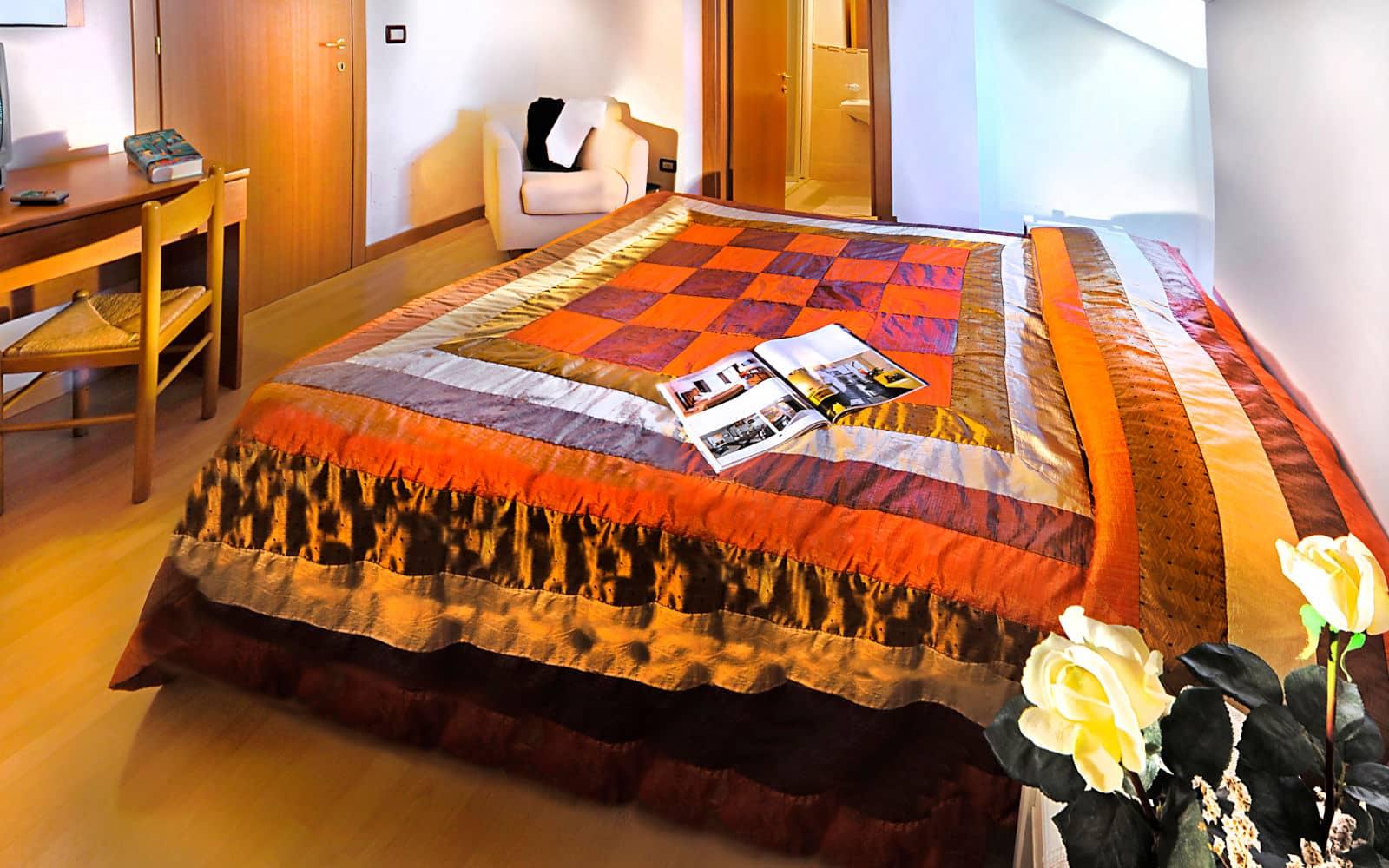 Camera in mansarda in hotel a Lignano