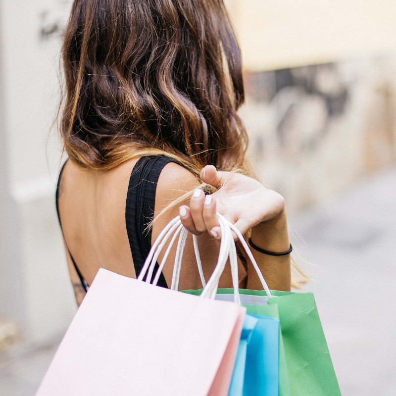 Shopping in centro a Lignano Pineta
